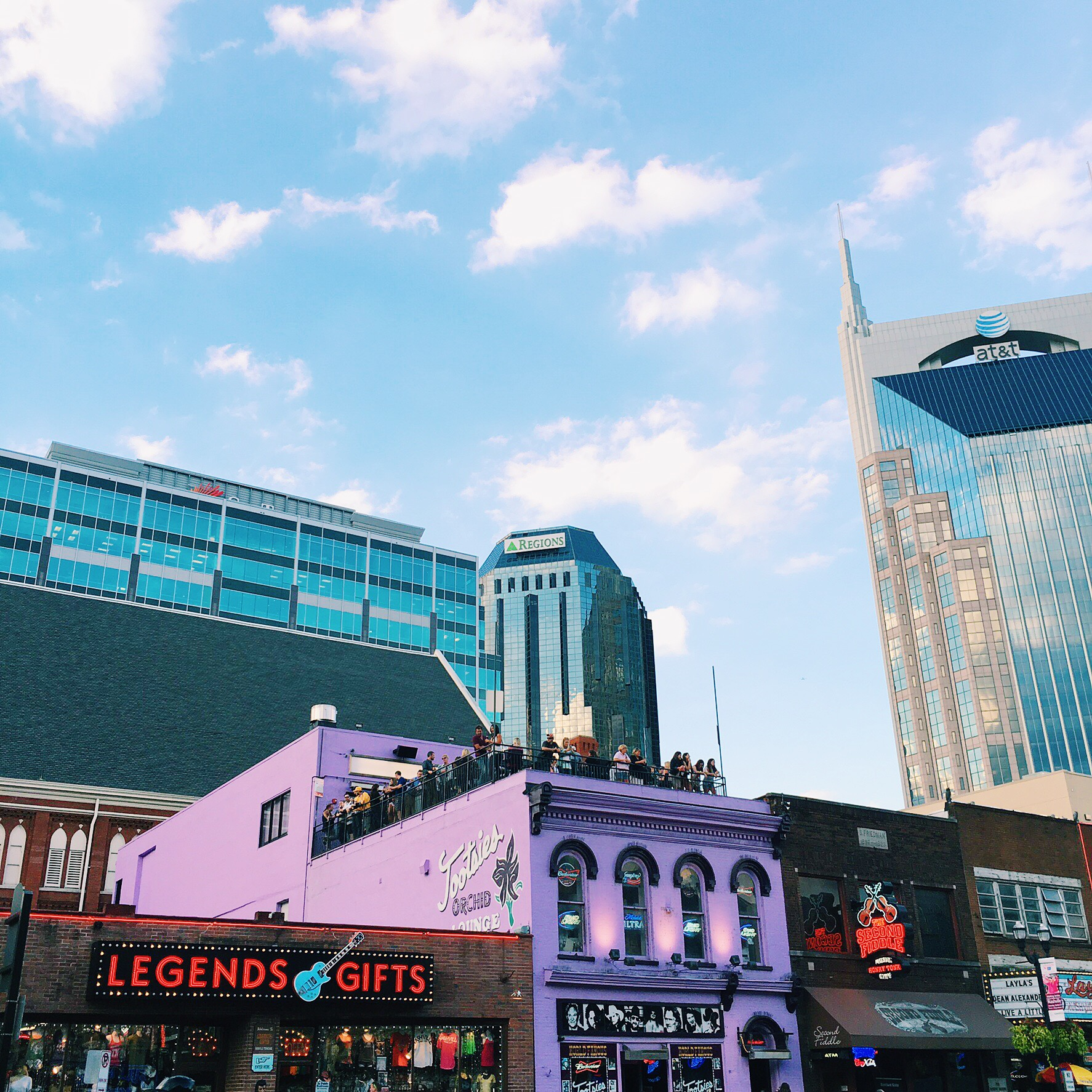 a (new) local's guide to nashville
